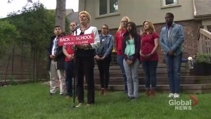 Kathleen Wynne continues campaign push through southern Ontario